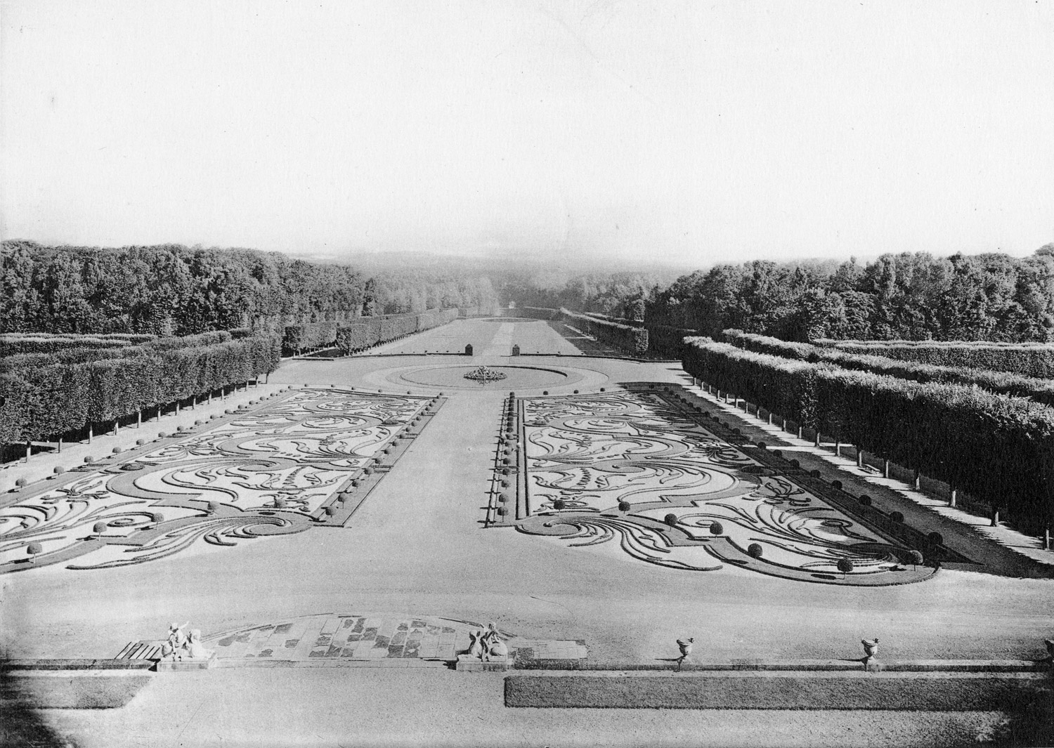 Champs, Le Parterre de Broderies, from Jardins de France by P. Pean, volumes 1 and 2, 1925. Note the manicured allees of trees, typical of French gardens of the time.