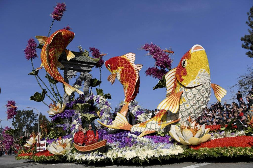 "The top award, the Sweepstakes Trophy, is awarded to the most beautiful entry. This year it went to Singpoli American BD for their float ""Rising Above."""